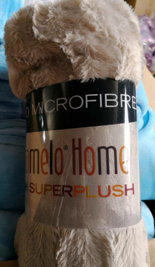 Manta microfibra model Superplush Crema